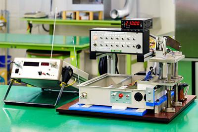 無線装置・送受信機の信号出力確認試験装置